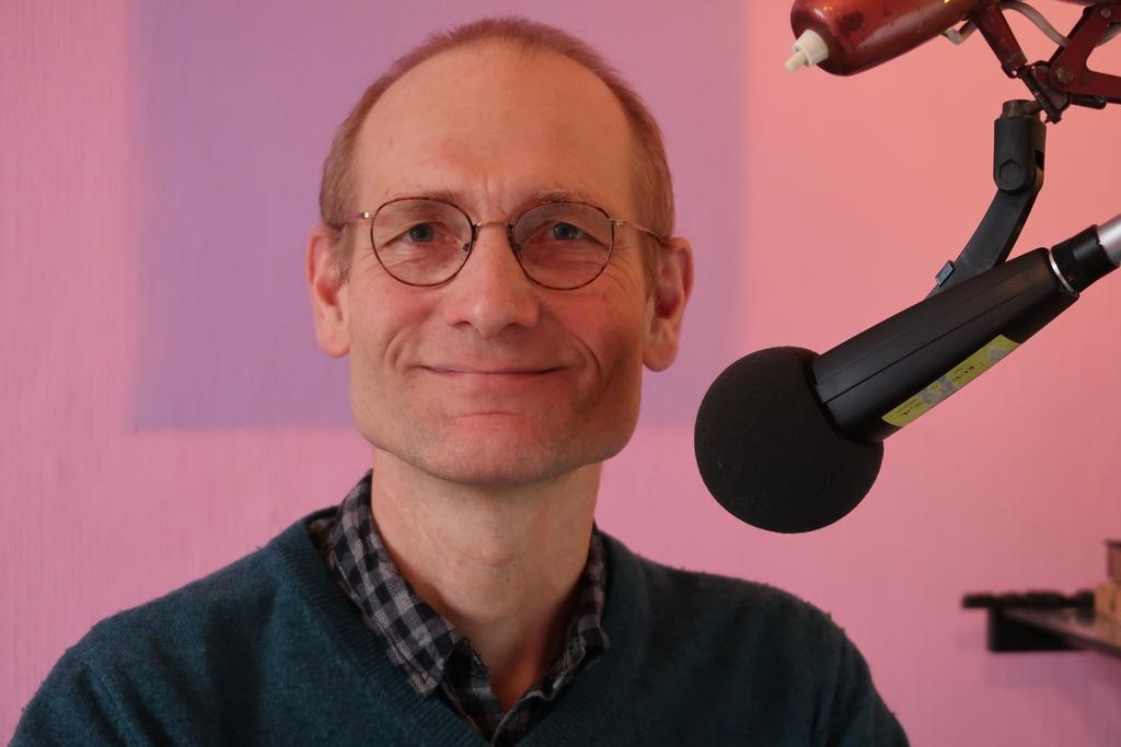 Roland Kurzweg am Mikrofon c. Roland Kurzweg